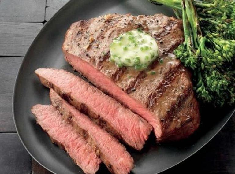Weber Elektrogrill Steak : Flat iron steak der besondere cut für den grill