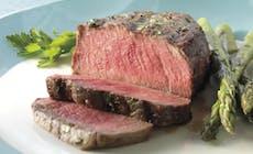 Filet Mignon Steaks Mit Zitronen Petersilie Und Spargel