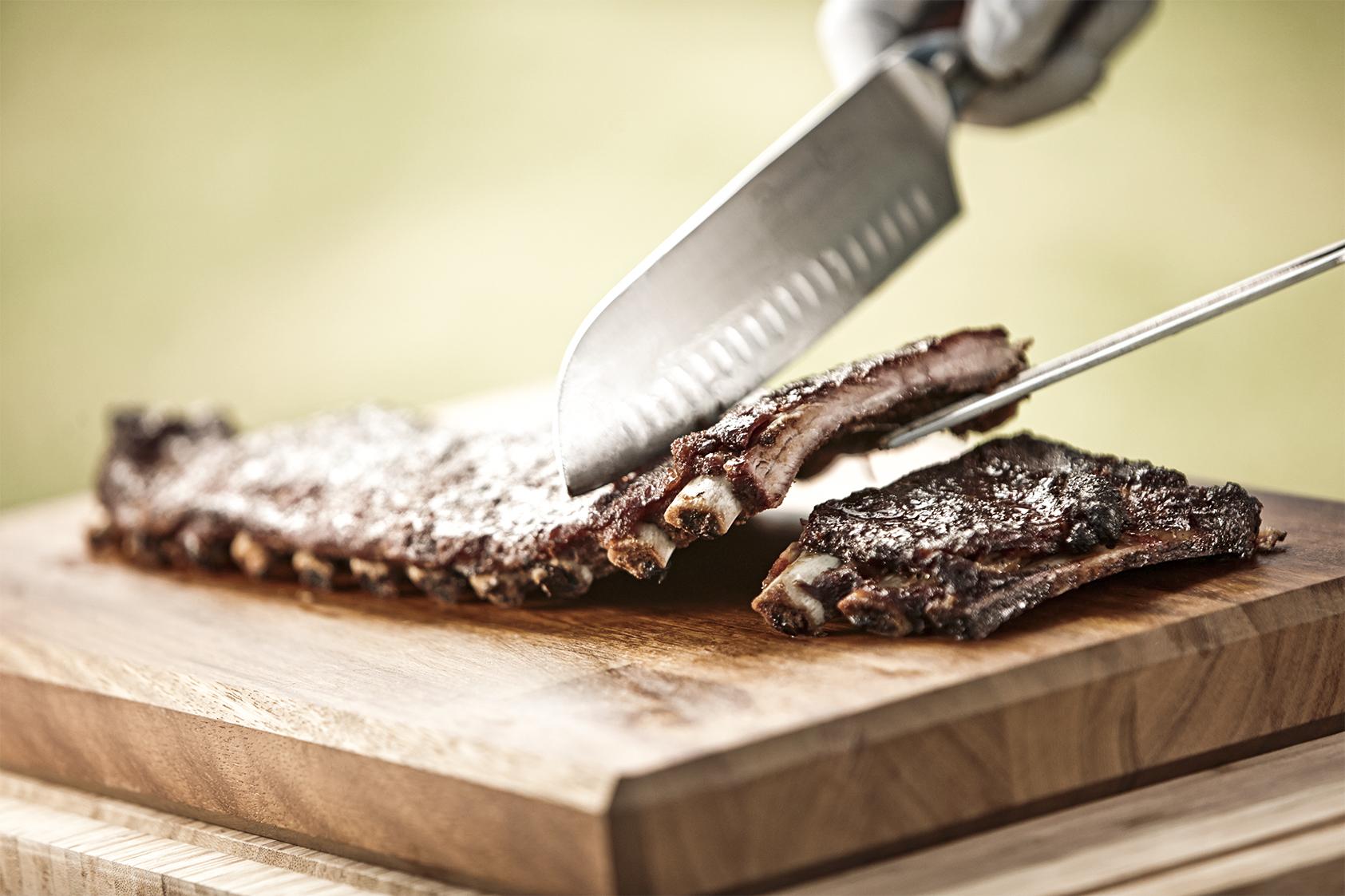 Spareribs Auf Dem Gasgrill Zubereiten : Schwein gehabt spareribs grillen leicht gemacht