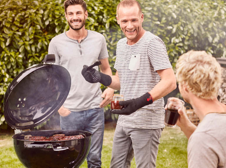 Weber Holzkohlegrill Anzünden : Weber holzkohlegrill master touch gbs kaufen bei coop bau hobby