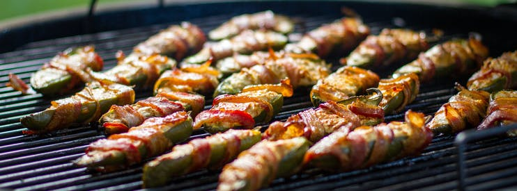 Smoked Jalapeno Poppers On The Weber Summit Charcoal Grill Fb Like Aid 9 4
