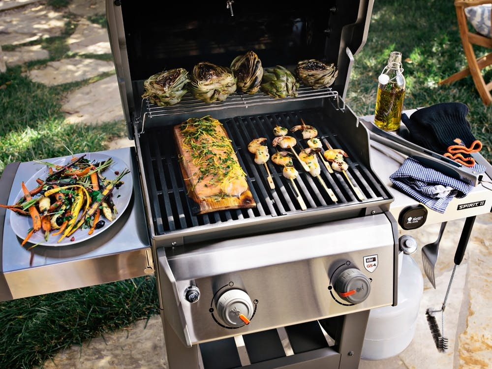 The capacity of the spirit 2 grill can cook multiple items at once