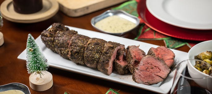 2018 12 Holidays Lang Blog Photo Herb Crusted Beef Tenderloin With White Wine Cream Sauce 15