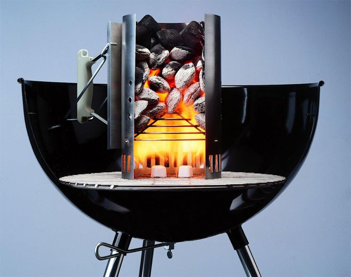 Préparer Un Barbecue Pour 20 Personnes cheminée d'allumage