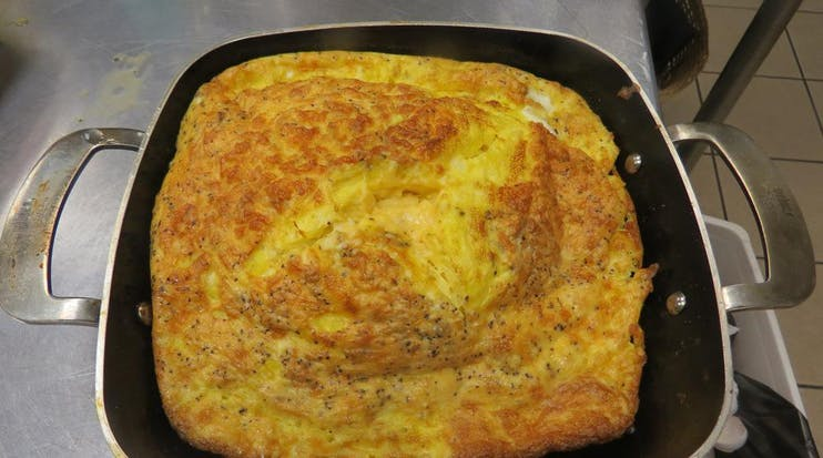 52E04B7C84F69 52D6A0D28Bb43 2014 01 Week 3 New Products  Lussow Ceramic Pan Egg Frittata  Photo 2 Small