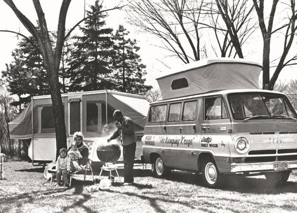 53B57Ca6C0Ae3 10 21 12 Family And Camper
