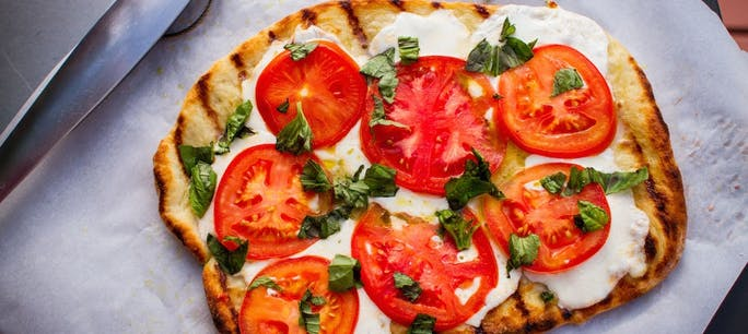 54385Ba86A40A  Grilled  Pizza The Ultimate Dinner  Photo 1 Small