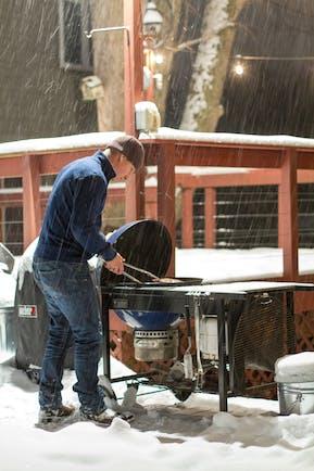 549987D4C903F 2014 12 Week 4 Xmas Lang  Snow  Grilling  Tips  Photo Small
