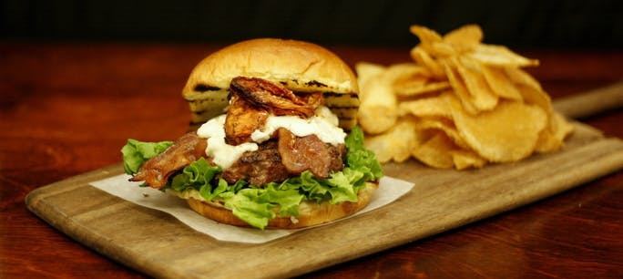 560D959B5B36E  Farm Burger 1 Copy