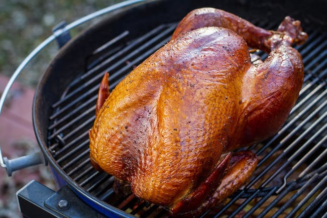 5637C2C27B36D  Turkey  Smoked On  Kettle 1 Copy