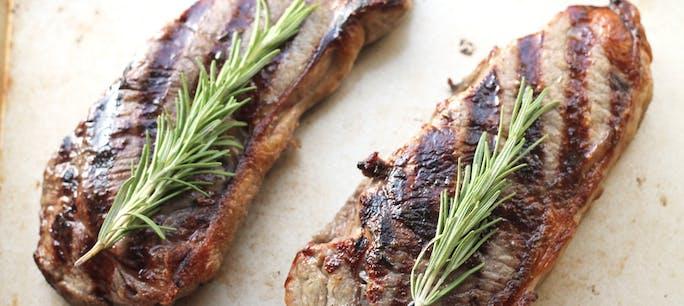 566765Dfee90F  Garlic  Rosemary  Strip  Steak