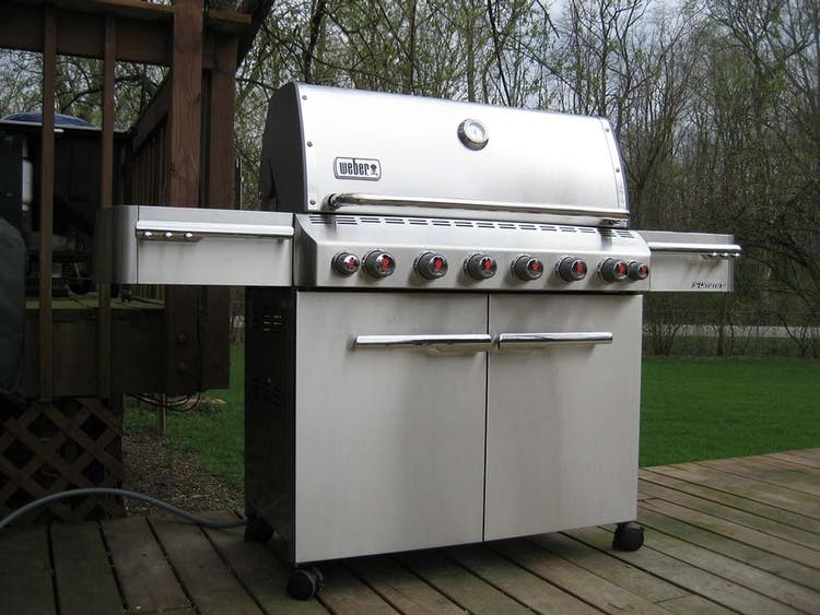 Weber Gas Grill Parts >> Why Should I Register My Grill? | Burning Questions | Weber Grills
