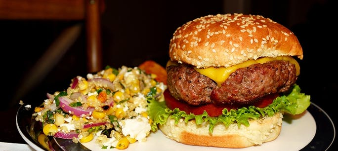 579902D2C1A27  Burger 1000