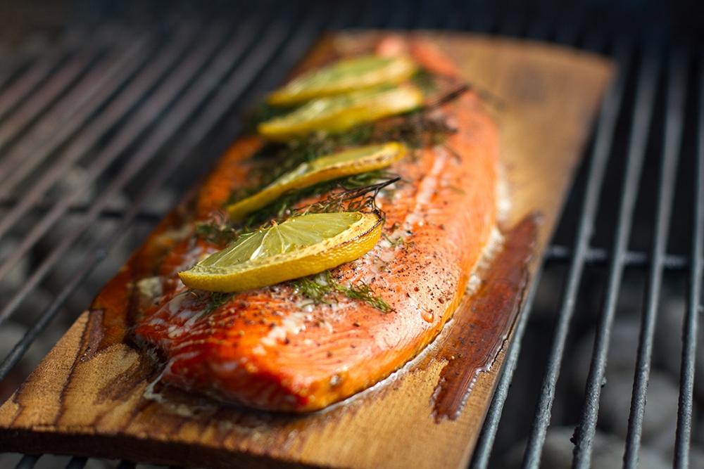 Weber Holzkohlegrill Fisch : Grillrezepte für fisch und schalentiere weber grill original
