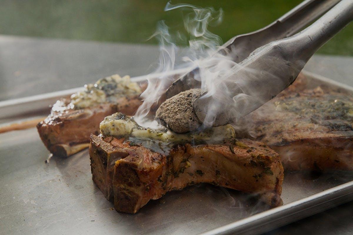 59F0Ab88De25B  Grilled  Pork  Chop