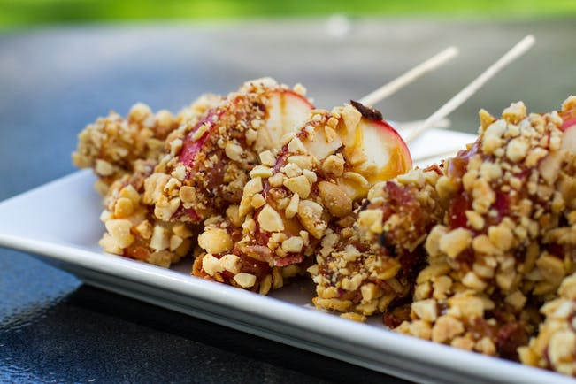 59F7337A7Cfbe  Grilled  Carmel  Apple  Skewers 6 Copy