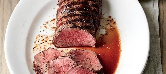 5A397Ebcd6A0E  Beef  Tenderloin  Roast With  White  Wine  Cream  Sauce 1000
