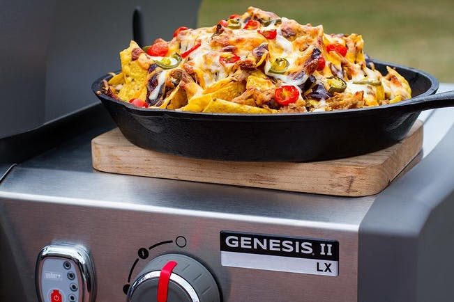 5A70Ed2E2C2Ef  Pulled  Pork  Cast  Iron  Nachos On  Genesis  Ii  Lx 3 1000