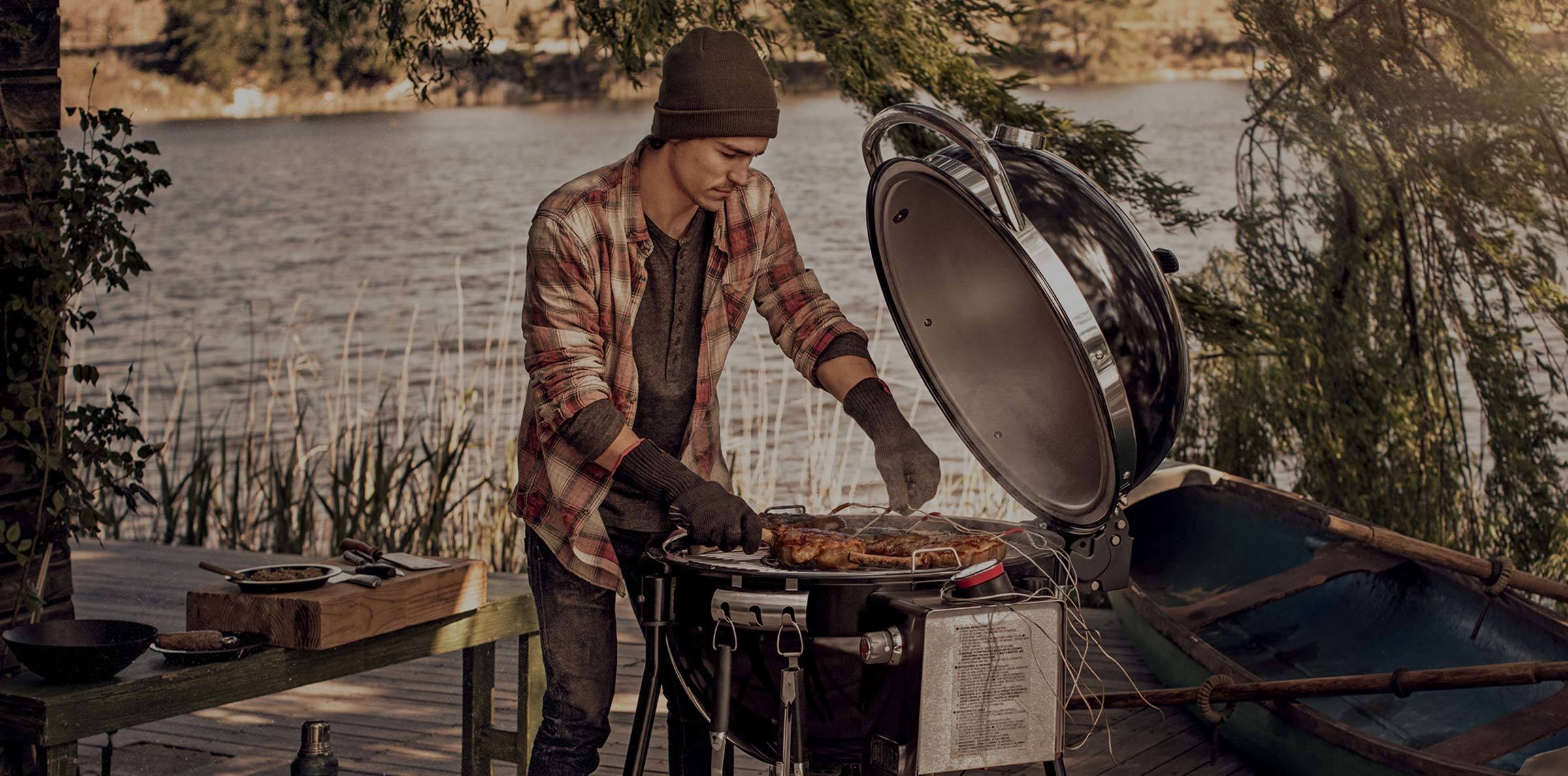 Nuovo Summit Charcoal Grill