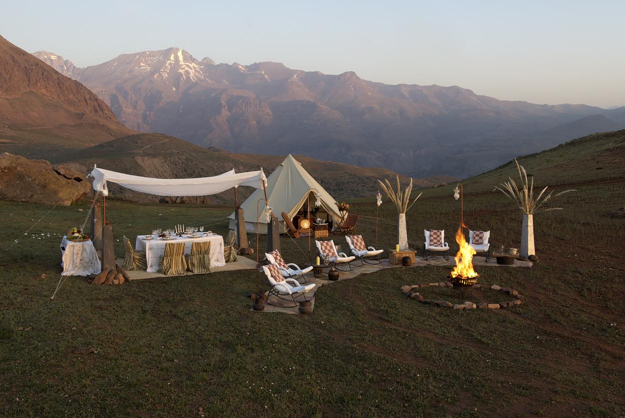 Weber Outdoorküche Camping : Glamping luxus camping in der natur