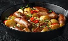 Bratwurst Auf Kartoffelragout