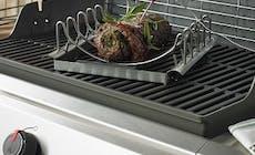 Weber Elektrogrill Temperatur Einstellen : Gefüllter kalbsbraten mit tomatensalat rezept des monats weber