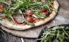 Weber Elektrogrill Pizza Backen : Klassische italienische pizza pizza und brot weber rezepte