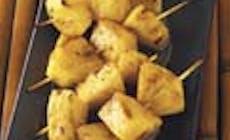 Espetadas De Ananas Com Manteiga Escura E Glaceado De Sumo De Laranja