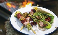 Grillspett Med Kanin  Chorizo Och Zucchini