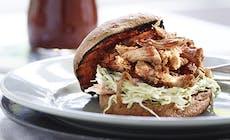Norway Pulled Pork Burger 02