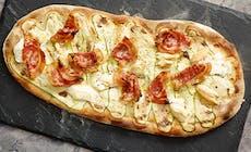 Pizza Pancetta  Zucchine E Scamorza Affumicata