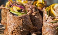 Rouleaux De Roti De Boeuf Et Ratatouille