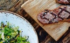 Steak Med Grillet Squash  Og Fennikelsalat