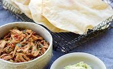 Tortilla Med Kyckling Och Guacamole